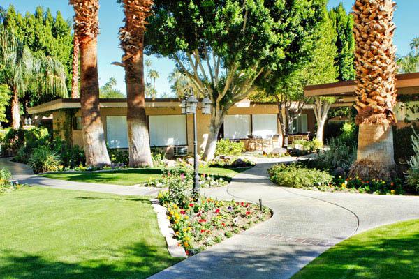 Palm Springs Tennis Club Resort Grounds West Coast Condo