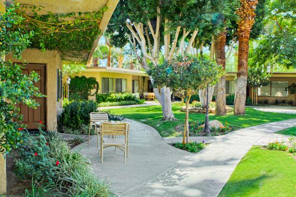 Palm Springs Tennis Club Resort Grounds2 West Coast